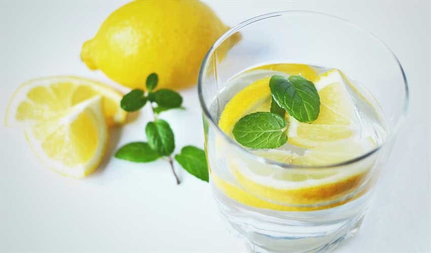 Does Drinking Lemon Water Help
