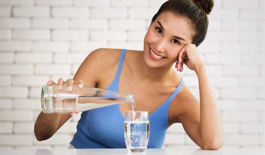 Increase Water Intake During Workouts and Hot Weather
