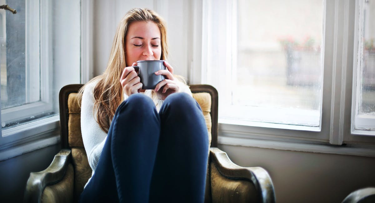 Should You Drink Hot Beverages in Cold Weather